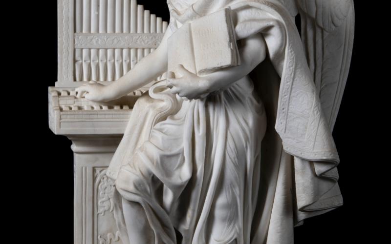 Félice de Fauveau, Ange musicien, 1863, marbre, INV. 2019.1, Ville de Bourg-en-Bresse - Monastère royal de Brou ©Carine Monfray